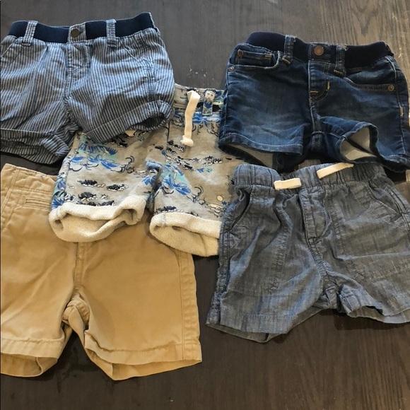 8b911c63 Lot of baby Gap boys summer shorts 12-18 months